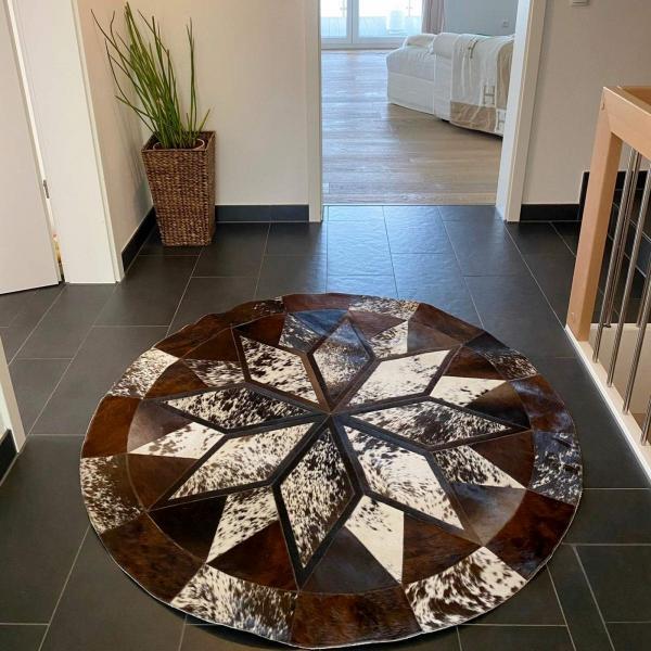 Cowhide rug Model 130