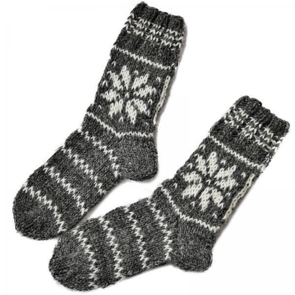 Handgestrickte Socken aus 100% Schafwolle 1 Stern Modell 4