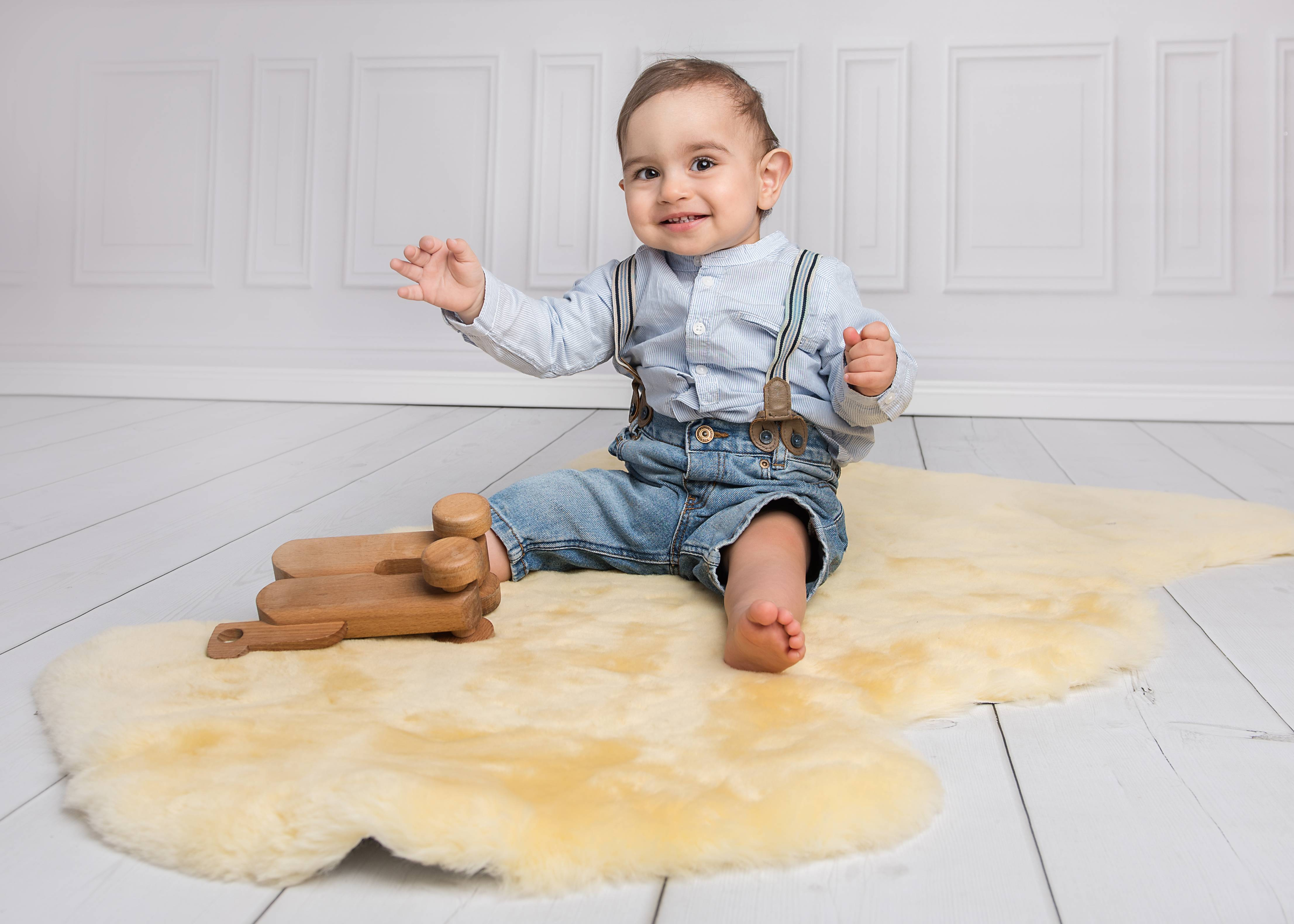hochwertiges lammfell f r baby bei der fellmann. Black Bedroom Furniture Sets. Home Design Ideas