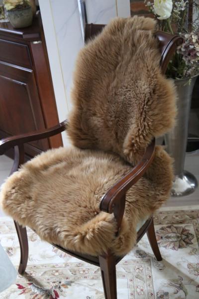 Skóra owcza w kolorze cappuccino 90-100 cm