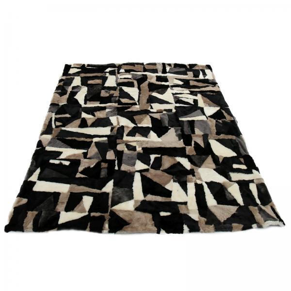 Lambskin blanket Toscana Model 06