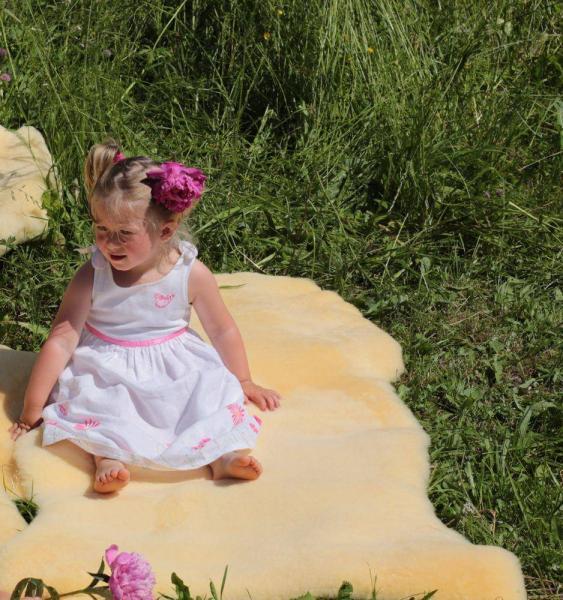 Baby Lammfell medizinisch gegerbt 70-80 cm