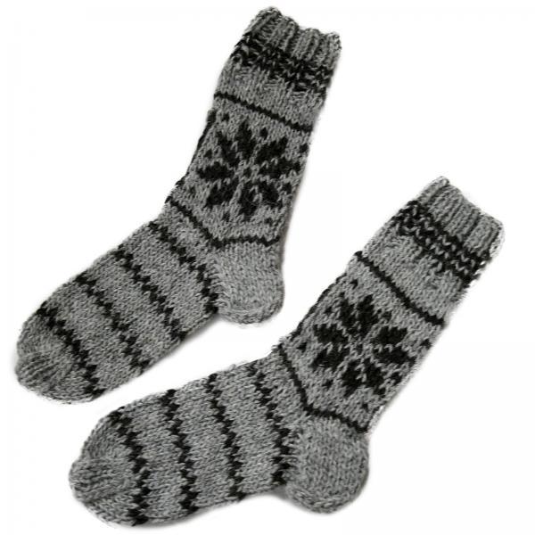 Handgestrickte Socken aus 100% Schafwolle 1 Stern Modell 2