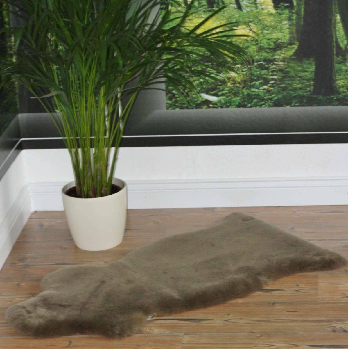 lammfell schaffell taube graubraun merinoschaf dekofell. Black Bedroom Furniture Sets. Home Design Ideas